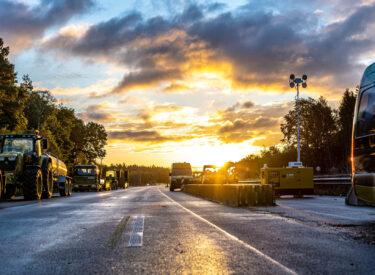 Baggerbetrieb Korz – Abriss Autobahnbrücke A6